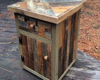 Reclaimed Barnwood Patchwork End Table