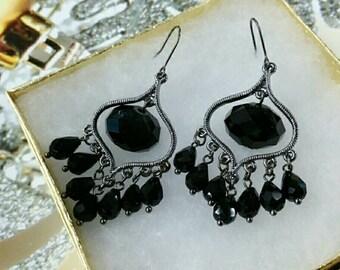 Black beads drop earring