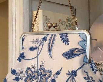 Canvas Country French Clutch