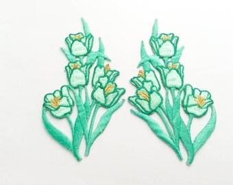 2 pcs  Mint Green, Gold  Flower Patch/Embroidered Flower Patch /Embroidered Iron on Patch / Flower Applique Size 6.0x11.9cm