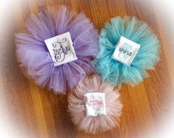 Personalized initial name top and tutu outfit