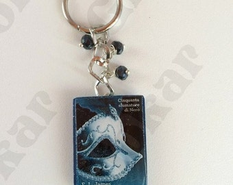Keychain fifty shades of black in resin
