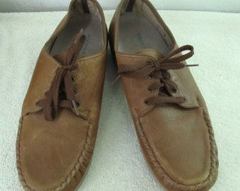 Women's Vintage 90's Soft Brown Leather COMFORT CASUAL Shoes.11N