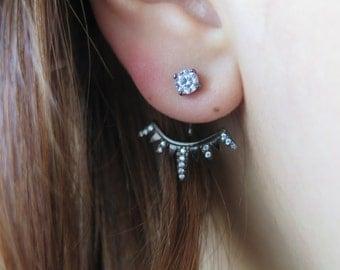 Wear 2 ways earrings