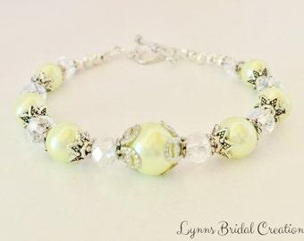 Lemon Bridesmaid Bracelet Set of 5 Wedding Party Gift Bridesmaid Gifts Vintage Wedding Bracelet Lemon Pearl Jewelry Vintage Wedding Jewelry