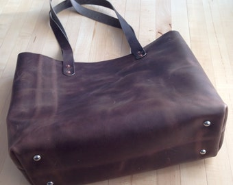 Handmade Debby leather tote in Horween leather