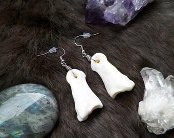 Wanderer Earrings - Real Deer Toe Bone Earrins