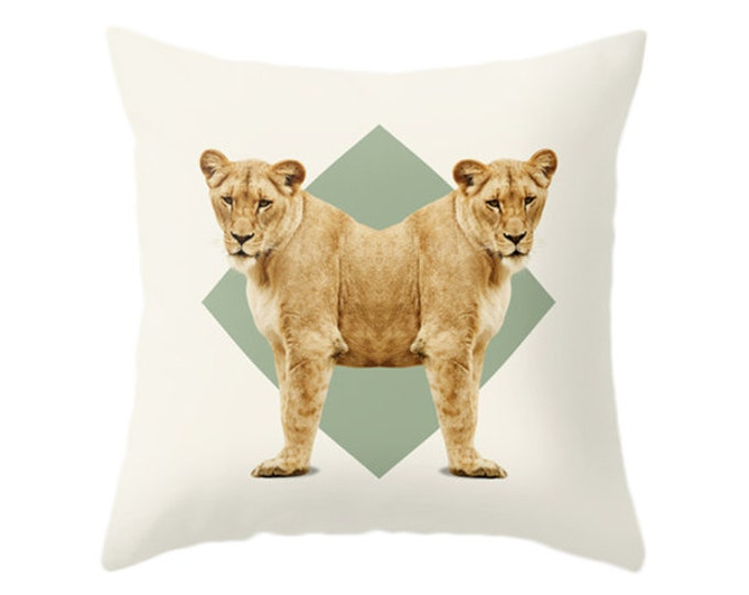 Lionesses Pillow - Double Animals