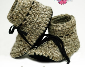 Cozy Souls Handmade Booties - Cozy Wool Blend, Non-Slip Leather Soles, Faux Fur Insoles - One pair - Size 12-18 Months