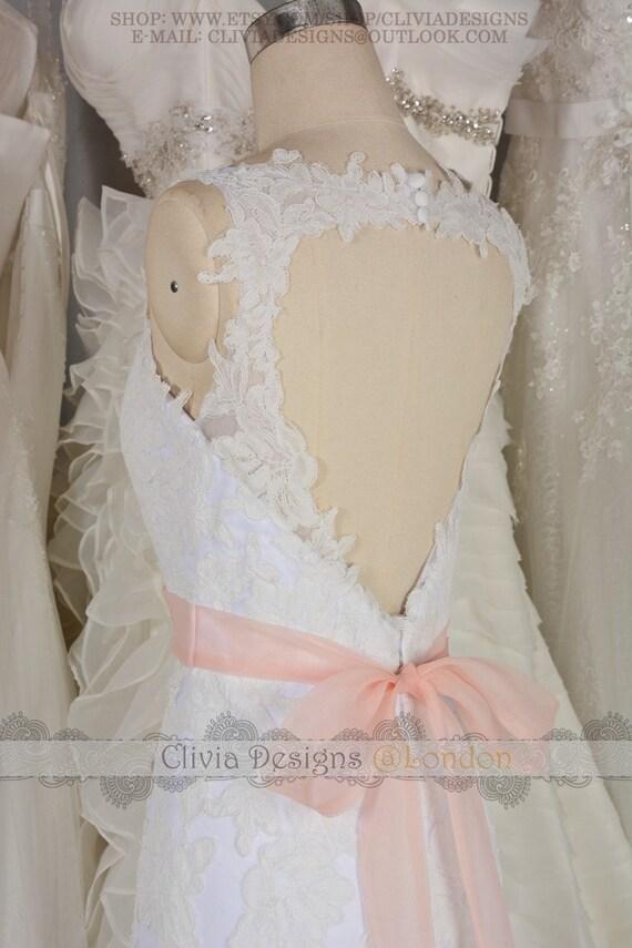 CliviaDesigns - Vintage Lace Wedding Dress,V Neckline Heart Keyhole ...