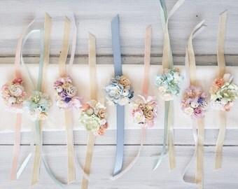 Flower wrist corsage, bridesmaides corsage, flower bracelet, bridal corsage, wedding corsage, weddings