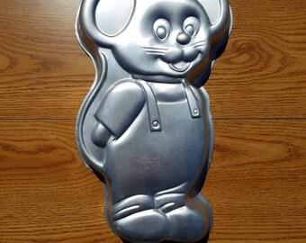 Wilton Mouse Cake Pan-1987-Vintage Cake Decorating-Small Animal Cake Pan