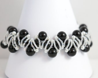 Black Pearl Beaded Bracelet