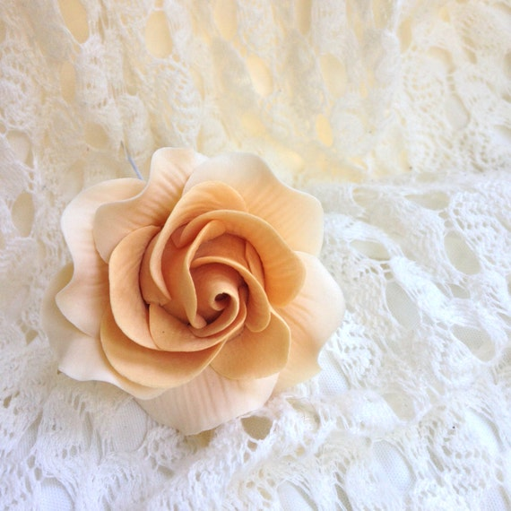 Small Ivory and Gold Rose