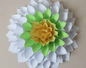 Daisy Paper Wreath