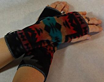 Fleece Arm Warmers, Fingerless Gloves, SW fleece, Black Canyon print poly fleece, Wrist Warmers, Washable, Soft n warm, one size for women.