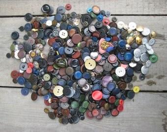 Vintage set of mix buttons/black button/blue button/red button/green button/metal button