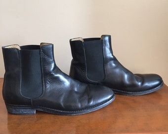 DKNY Leather Chelsea Boots made in Italy. Men's Size 10.