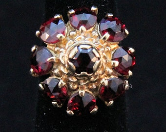 Estate 14K Solid Yellow Gold Round Cut Garnets Dome Cluster Ring 5.6 Grams Size 2.5 Mother's Day