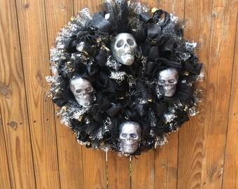 Large Skull  Wreath