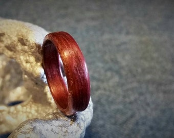Purpleheart Bent Wood Ring. SIZES: 7 7.5 8 8.5 9.5 10.5 11 11.5