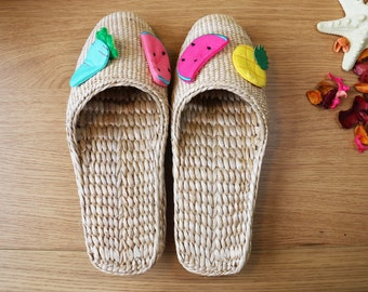 Fruit color cartoon slippers/colorful handwoven straw shoes/Wholesales bulk/elegant unique slippers/wedding gift/GrasShanghai