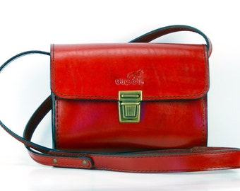 Classic English Red Genuine Leather handmade shoulder bag purse. Stylish Designers OOAK   high quality Italian veg tenned leather handbag