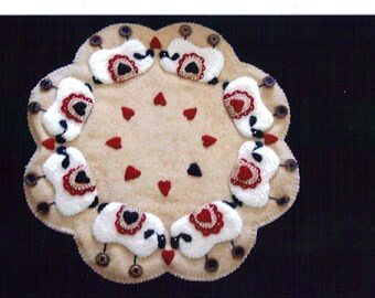"Pattern ""Love Ewes"" felted Wool Applique Penny Rug Candle Mat"