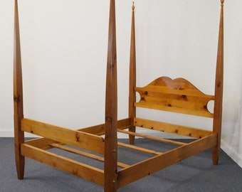 TOM SEELY Solid Pine Full Size Four Poster Bed