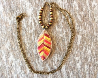 MULTICOLOR LEAF NECKLACE, Textile Jewerly