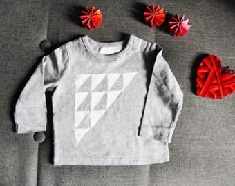 Tee shirt printing triangle - 12 months