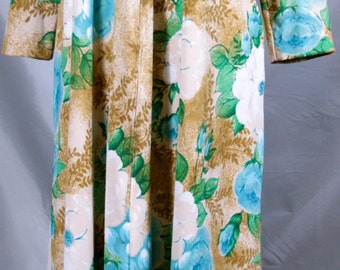 Miss Elaine Lounge Wear with Brown with White and Blue Flowers Size Medium