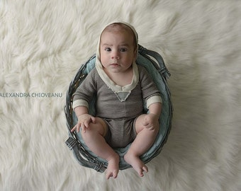 cod357 hooded body, romper, Brown bodysuit, baby boy, Baby Photograhy, Photo Props, feathers