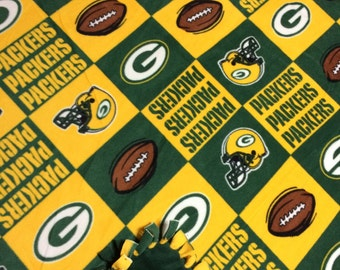 Green Bay Packer Fleece Tie Blanket