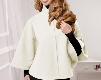 Ivory Cape, Ivory Poncho, Poncho, Cape, wool poncho, wool cape, short cape, short poncho