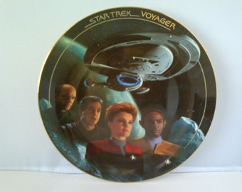 Star Trek Voyager Collectible Plate