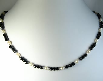 """Black Onyx and Freshwater Pearl Necklace Silver 18"""""""