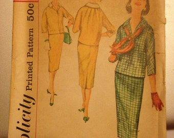Vintage 60's Simplicity 2645 Suit Pattern-Size 16 (36-28-38)