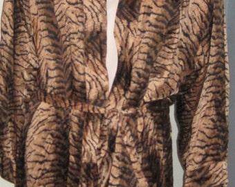 FREDERICK'S of HOLLYWOOD Animal Print Tiger Lingerie Robe Sz M