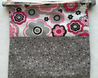 Planner Carryall Bag (Black/Pink/Grey/White)