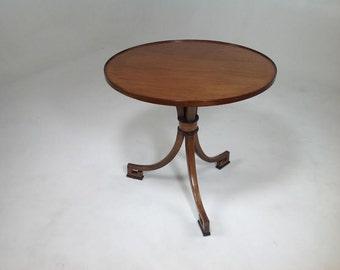Modern Klismos end table
