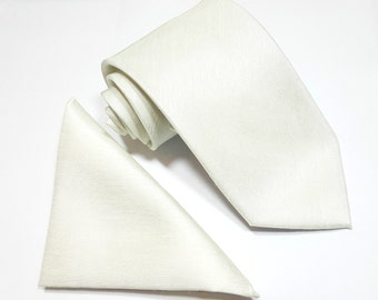 Ivory Off White MensTie Dupion Vintage Finish & Matching Pocket Square