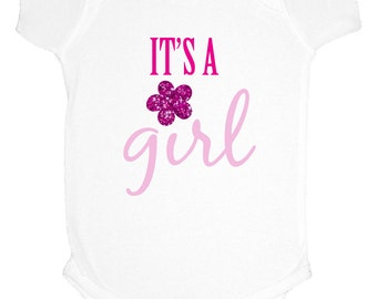 Baby girl onesie, It's a girl onesie, Girl pink onesie, Baby pink onesie, It's a girl pink onesie