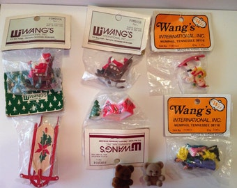 Christmas Ornament Lot - Wang International Inc