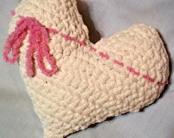 Crochet Heart Pillow,  Valentine's Day, Crochet Heart Plush, Stuffed Crochet Heart, Heart Amigurumi, Mother's Day Gift