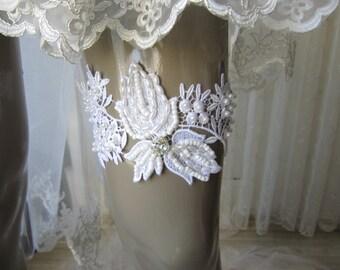 White Lace Garter, bridal garter, wedding accessory, garters