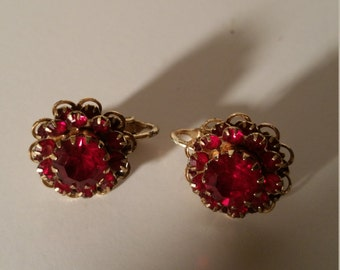 Vintage Goldtone and Cranberry Red Sarah Coventry Clip On Earrings