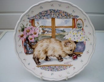 Royal Albert China Plate - The Country Kitten Collection - Playtime - Siamese Kitten - 1988 - England - British