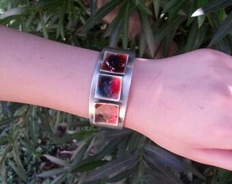 Simulated silver cuff bracelet with rusty enamel (160052)