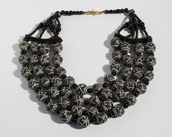 Faso traditional necklace